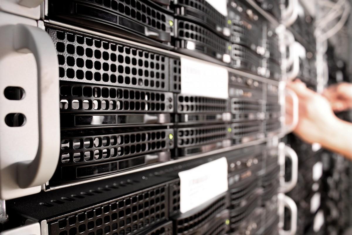 Hosting y SEO: servicio técnico del servidor